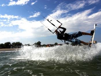Initiere in kiteboarding in Constanta Experiente cadou