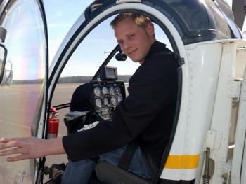 Lectie de zbor cu elicopterul in Bucuresti Experiente cadou