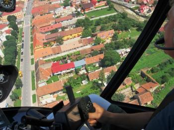 Lectie de zbor cu elicopterul in Oradea Experiente cadou