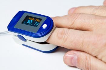 Aparat de masurare puls Oximetru pentru deget cu display Pulsoximetru Masurare Saturatie Oxigen Pentru Deget Ingrijire Personala